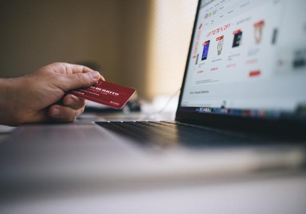 Vì sao nên mua hoa online? Bạn đã thử- Hoa 7 Ngày