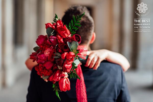 Mua hoa hồng tặng người yêu - Hoa 7 Ngày