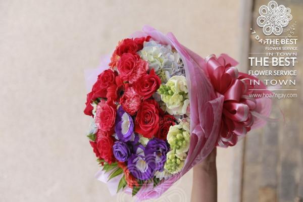 Hoa 7 Ngày có triển khai giao hoa miễn phí tp.HCM ?