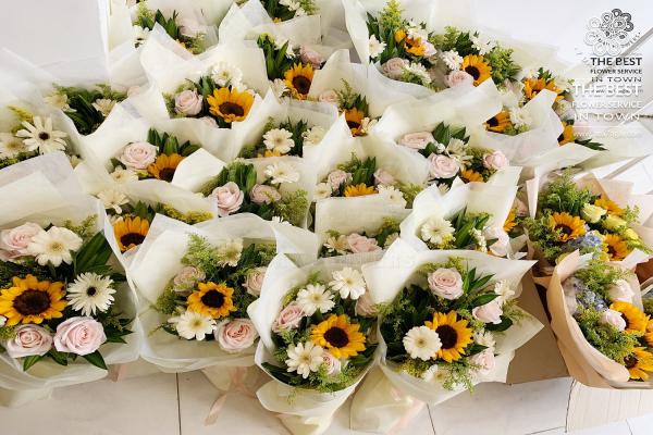 Mẹo chọn hoa tươi đẹp với chuyên gia của Hoa 7 Ngày