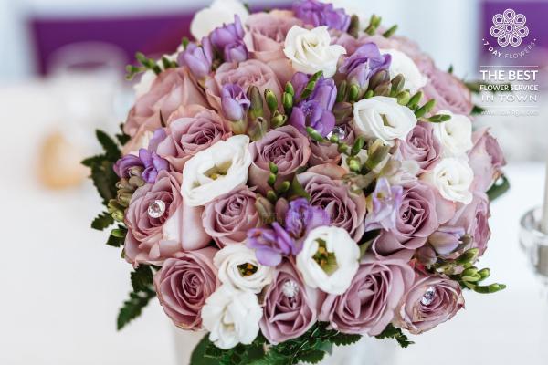 Làm sao để có những bó hoa cưới đẹp tp.hcm, Hoa 7 Ngày
