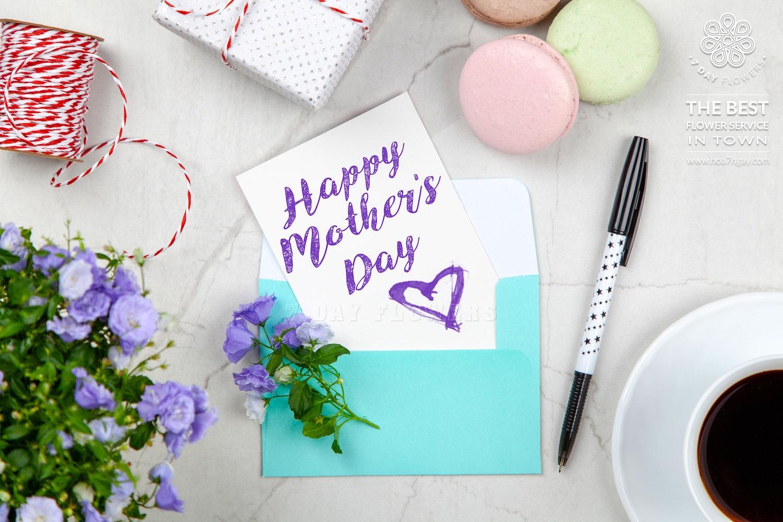 Tặng quà gì cho mẹ nhân Ngày của Mẹ - Hoa 7 Ngày