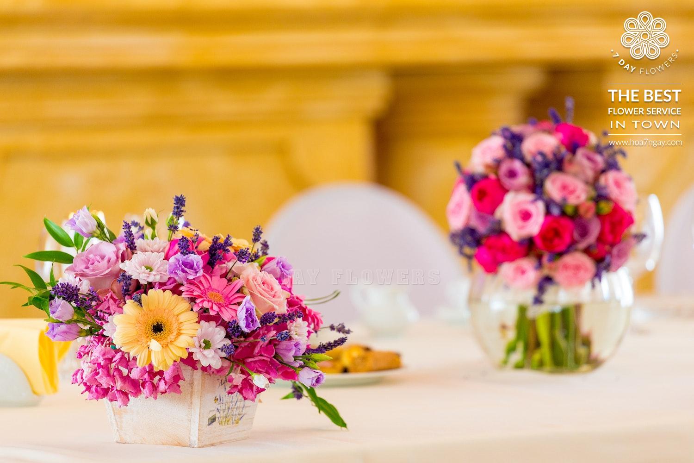 Cách chọn hoa cưới để bàn đẹp cho ngày tình nhân- Hoa 7 Ngày